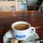 オグオグ カフェ - エスプレッソ