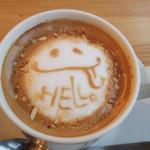 STEP STAMP cafe - ヘーゼルナッツラテを頼んだら、こんなかわいこちゃんが!