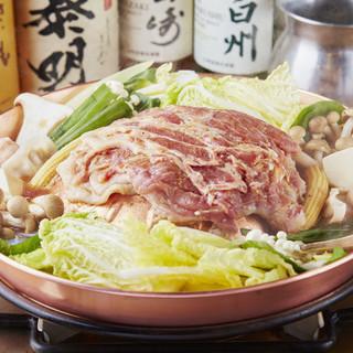 都内で唯一の米沢豚焼鍋!!