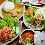 多国食彩ウフ - タイ料理のコース