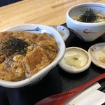 みの勝はなれ - 料理写真:丼セット