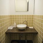 珍竹林 - 古いお店ですが、お手洗いはピカピカです!