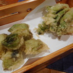 おばんざい京 筍矢  - 蕗の薹、タラの芽の天ぷら