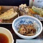 魚好亭 - 天ぷら定食。