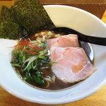 麺処 飯田家 - 料理写真:中華そば[KURO]