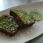 ワバラ カフェ - 料理写真:抹茶のパウンドケーキ