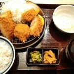 かつ久 - 海老かつ合い盛り定食¥990(税抜) ボリューム満点よ(^^)/