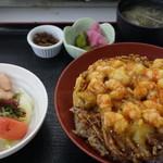 活き活き亭 - 車海老のかき揚丼