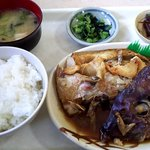 駅ナカ食堂 - 料理写真:鯛のアラ定食500円
