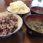 83547649 - 雑穀米と白米(大盛り)&お味噌汁