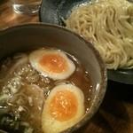 つけ麺屋 やすべえ 渋谷店 - つけ麺 普通盛り 味玉トッピング