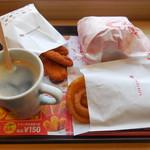 ロッテリア - 料理写真:...「エビバーガー・オニオンフライ・カラアゲセット(870円)、。。