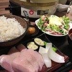 83550340 - 豚トロ塩ダレ焼&自家製シーザーサラダ¥850円ヽ(*´∀.`)/おまかせ膳・:*+..:+