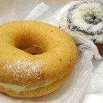 アンド ドーナツ - ホワイトチョコココナッツ(グラハム)200円、クリームチーズ(豆腐)200円