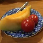 壱番館 - サービスのフルーツ