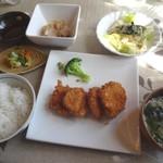 レンガ館 - 料理写真:ヒレカツランチ(950円)