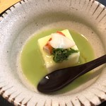 御料理 ひさまつ - 料理写真:お豆腐にうすい豆のすり流し