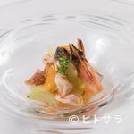 ディープブルー 小浜島 - 料理写真:素材の旨味を最大限に引き出した『車エビと島蛸、セロリとオレンジのフーチバ風味マリネ』
