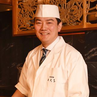 徳尾真次氏(とくおしんじ)─毎日食べても飽きない日本料理を