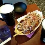 蛸薬師わなか - タコ焼♪と生ビール
