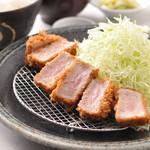富山豚食堂 かつたま - 厚切りヒレかつ定食