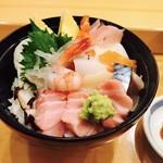 川徳 - 海鮮チラシ丼