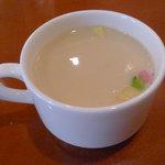 ポルテ - ウィークデーおすすめランチの、スープ