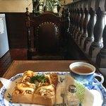 珈琲館 葡露灯 - この喫茶店、トーストがうまいと評判だ