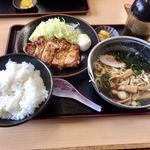 登竜 - パーコー盛り定食702円