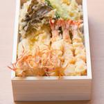 割烹 天ぷら 三太郎 - 天ぷら弁当 特上 ¥4600円
