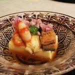 8359403 - 2011/6/22 (先付)玉子豆腐・鰻柔か煮・鞘巻海老・美味出しジュレ