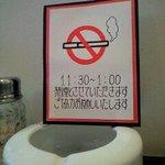 ビストロオカムラ - ランチタイムは禁煙ありがたい