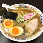 83592679 - 中華ソバ ¥600 / 麺大盛 ¥100 / 究極の煮たまご ¥100