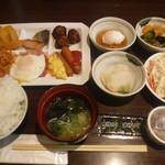 大江戸温泉物語 かもしか荘 - 料理写真:朝食バイキング1