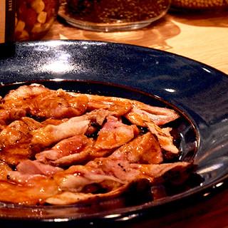フランスロゼ―ル産骨付き仔羊モモ肉