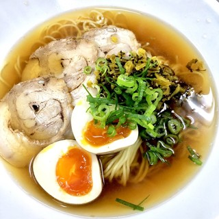 ア・ターブル・エスプリ - 料理写真:定番しょうゆラーメン