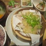 83594025 - 2018/03/08三元豚と野菜のセイロ蒸し ふきのとう味噌