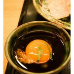 おたる政寿司 - いかそうめんのたれ(卵黄、紫蘇入り)