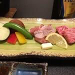 瀬の本館 夢龍胆 - 和牛、地鶏、野菜。焼肉セット