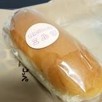 83603347 - コッペパン練乳ミルク210円