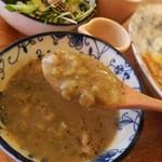 83604300 - エルテンスープ。豆の味が濃くて良いです。