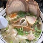 あじさい - 味彩塩拉麺 + ワンタン
