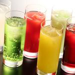 DINOSAUR JUNGLE - ドリンク写真:豊富なアルコールなカクテルメニュー