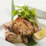 福味鶏もも肉の漬け炭火焼き たっぷりネギがけ