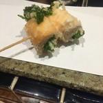 天ぷらチャンピオン - 菜の花サーモン巻き
