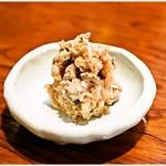 焼貝うぐいす - 料理写真:貝なめろう 480円