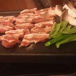 韓国料理とよもぎ蒸しの店 スック - サムギョプサル