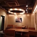 Isola - 店内二階