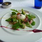 レストラン オルフェ - 前菜 オルフェスペシャル新鮮魚介と旬野菜サラダコンポジション2010秋。美味しそうだった!