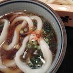 うちたて家 - うどんin肉汁with一味